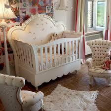 chambre bébé baroque chambre bebe americaine beau lit de style lit ancien tous les