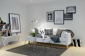 décoration canapé un salon en gris et blanc c est chic voilà 82 photos qui en témoignent