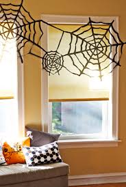 trash bag spider webs halloween craft 10 super simple halloween