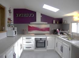 cuisine mauve cuisine équipée violet inspirations et idée déco maison a faire soi
