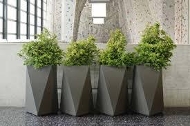 20 ways to modern plastic planters