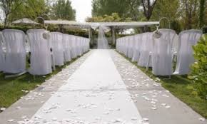 aisle runners for weddings aisle runner 3000 wedding pictures of decorations flowers cakes