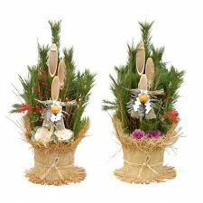 Japanese New Year Decorations Meaning by The Kadomatsu Displayed As The Mark As Welcome To God U2013 About