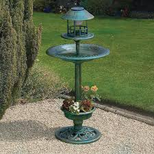splendid hanging bird bath and feeder with green plastic bowl