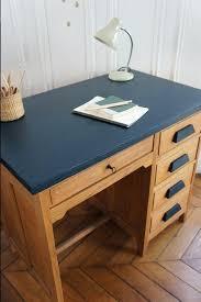 repeindre un bureau repeindre bureau bois bureau de comptable vintage disponible sur