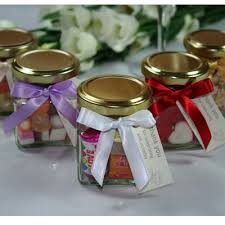 jar wedding favors amazing wedding favours 1000 ideas about wedding favor bags