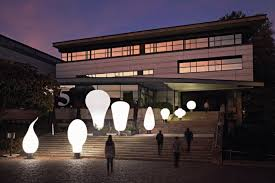 balloons shaped like light bulbs airstar launches bulbs a new range of giant bulb shaped lighting
