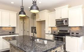 what color knobs on cabinets how to choose pulls or knobs for your kitchen cabinet