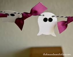 Halloween Garland Diy Ghostly Halloween Garland Calyx U0026 Corolla