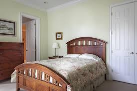 Schlafzimmer Einrichten Farbe Grünes Schlafzimmer Natürlich Schön