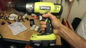 unboxing of a ryobi p817 drill kit from home depot