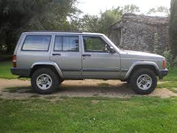 old jeep cherokee bullet proof classic 2 5 jeep cherokee in rugby warwickshire