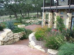 Small Yard Landscaping Ideas by Small Yard Landscaping Ideas Central Texas Drought Tolerant Texas