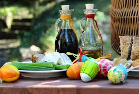 italian easter egg la pasquetta celebrating easter monday the italian way