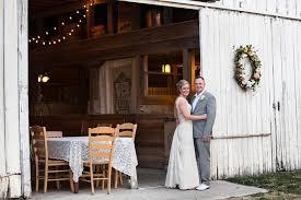 barn wedding venues illinois 1912 barn venue niantic il weddingwire