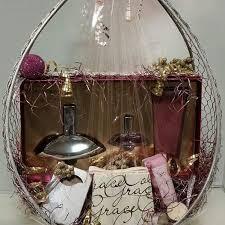 luxury gift baskets lashell booker lashellsfashiongiftbaskets instagram photos