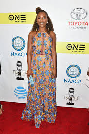 issa rae u0027s stunning dress just gave us a new favorite color