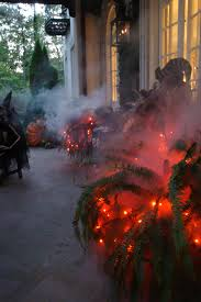 Flickering Light Bulb Halloween 10 Delightfully Spookified Entryways Fog Machine Fire Dept And