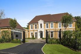 5 bed luxury gated houses sunningdale octagon properties sl5 0ld