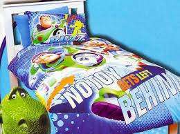 buzz lightyear bedroom superhero bedding theme for boys bedroom interior decorating idea
