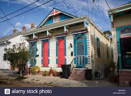 gaily painted shotgun house bywater district new orleans