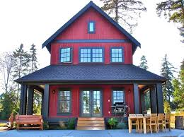 house hugger pick my folk victorian house paint color the winner