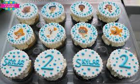 custom cupcakes guppies custom cupcakes it z my party cakery
