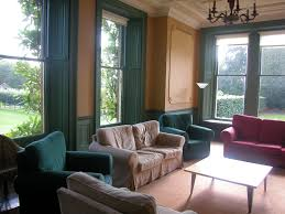 Modern English Living Room Design Nice Elegant Design House Hall Room That Has Cream Modern Carpet