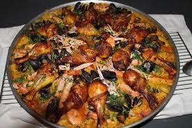 cuisiner une paella paella aux fruits de mer oranaise