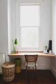 mettre sur le bureau la fabrique à déco un coin bureau à la fenêtre idées d