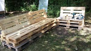 canapé de jardin en palette salon de jardin palette meilleur de salon jardin palettes bois