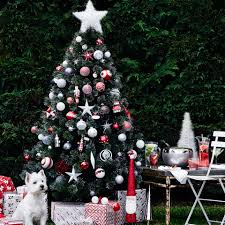 New Ways To Decorate Your Christmas Tree - 4 new ways to decorate your christmas tree the myer blog