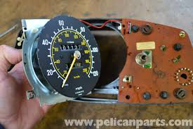 mercedes dashboard clock mercedes benz w123 clock speedometer and bulb replacement w123