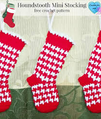 crochet christmas 34 easy crochet christmas gifts favecrafts