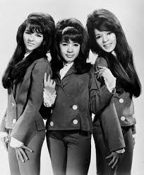 hairstyles in the late 60 s hair through history 9 hairstyles that defined the 1960 s beauty