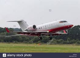 bombardier challenger 605 cl 600 2b16 luxury private jet