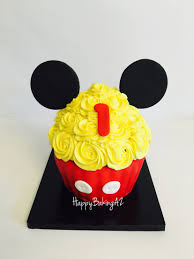 mickey mouse halloween decorations mickey smash cake my cakes pinterest mickey smash cakes