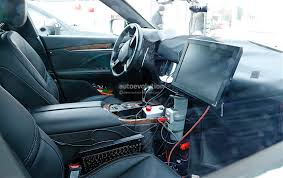 maserati quattroporte interior 2017 update maserati levante interior revealed has tablet like