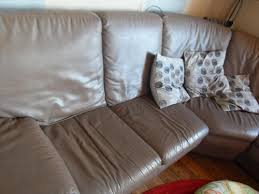 repeindre canapé peindre canapé intérieur déco