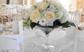 composition florale mariage une décoration florale de mariage naturelle et pastelle decos