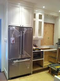 Kitchen Cabinets Refrigerator by Kitchen Cabinets Around Refrigerator Home Decoration Ideas