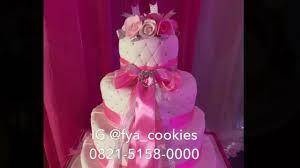 wedding cake balikpapan wedding cake and cupcakes balikpapan