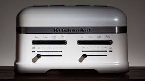 Toaster Reviews 2014 Kitchenaid Pro Line 4 Slice Toaster Review Cnet
