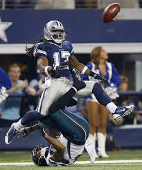 eagles vs cowboys on thanksgiving dallas cowboys photos altercations cheerleaders and santa claus