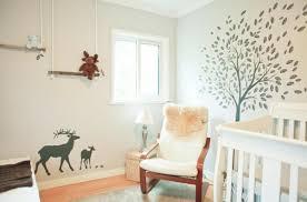 chambre dans un arbre stickers pour la chambre de bébé arbre archzine fr