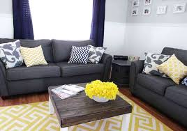 bedroom aa0013630e8742811ed96c6743e4c013 yellow gray room color