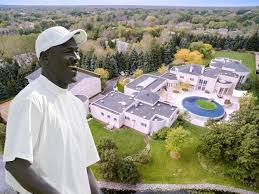 How Many Square Feet Is A 3 Car Garage by Michael Jordan Lists Chicago Mansion Again Business Insider