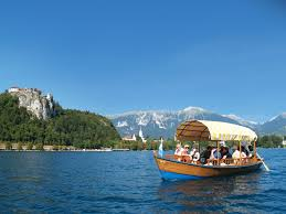 lake bled to visit the island in the middle of lake bled you need to travel