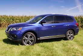 luxury minivan 2016 2017 nissan pathfinder platinum 4wd u2013 the cuv that thinks it u0027s a