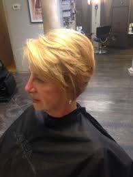 rounded layer haircuts hair cut rounded layer concave hair by me pinterest